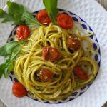 spaghetti-pesto-e-pomodori